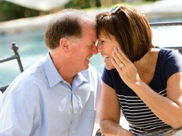 ¿Cómo se mantiene la llama de la pasión después de años de relación?