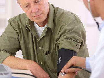Puedes combatir la hipertensión sin perder la vida sexual